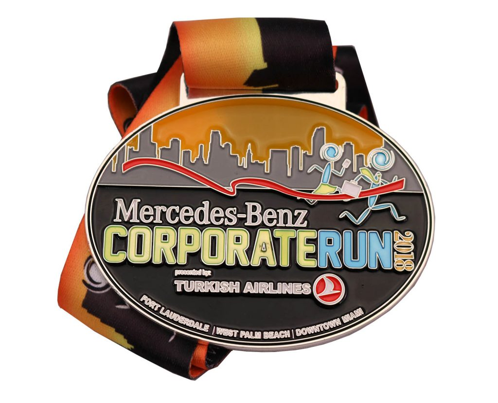 2018 CORPORATE RUN TRANSLUCENT MEDAL 1