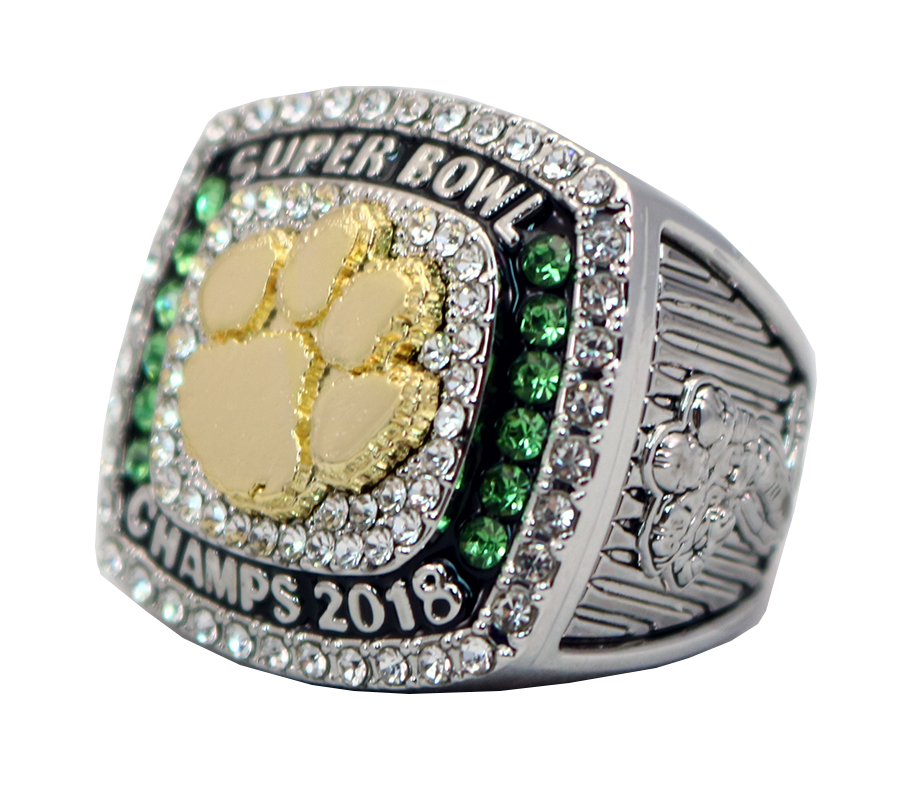 SUPER BOWL CHAMPS 2018 RING